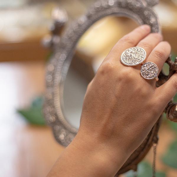 Small Asarfi coin ring