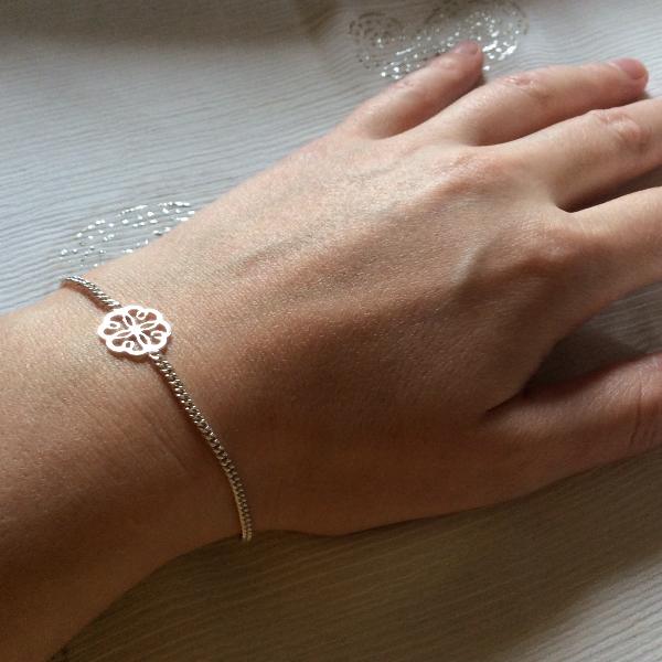 4 leaf clover bracelet