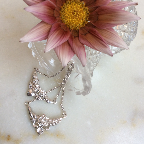 Flower chain small