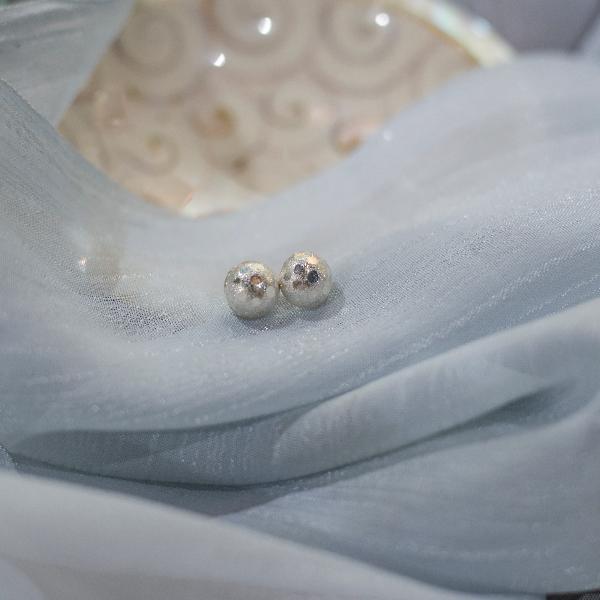 Jhilimili earstuds