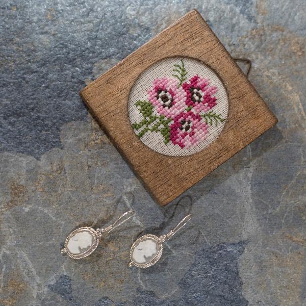 Small Cameo earrings